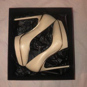 SAINT LAURENT Paris Nude Heels- size 38 1/2
